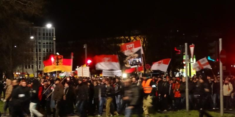 Manifestazione di Pegida a Dresda il 12 gennaio 2015