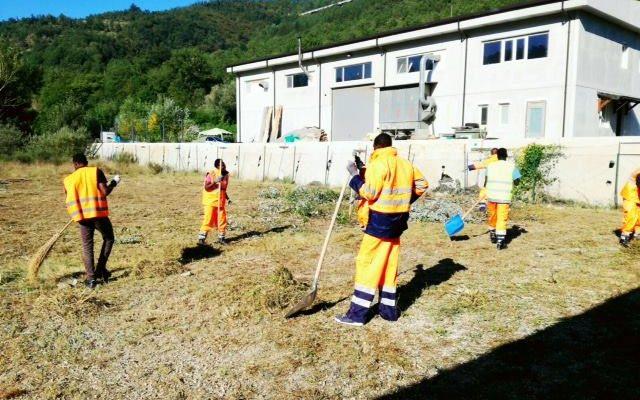 rifugiati a sostegno delle popolazioni colpite dal terremoto in italia centrale. Foto: GUS Italia