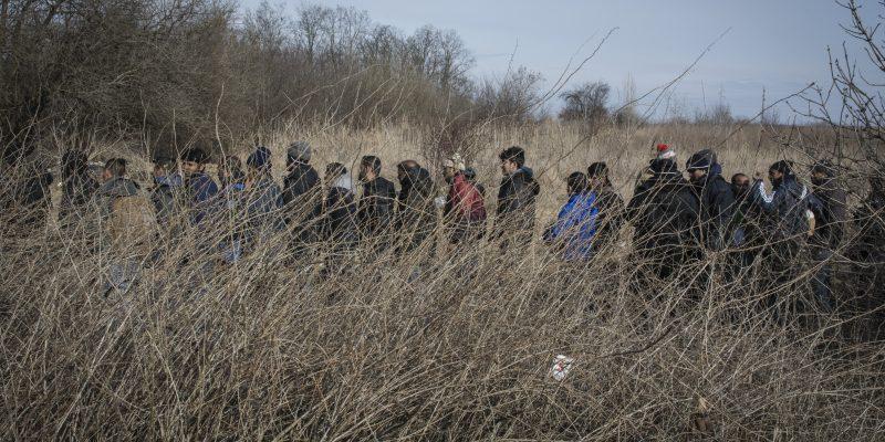 Chi aiuta i migranti bloccati fra Serbia e Ungheria