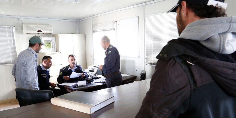 Il richiedente asilo come un soggetto da sorvegliare – la proposta Ue di una nuova direttiva accoglienza