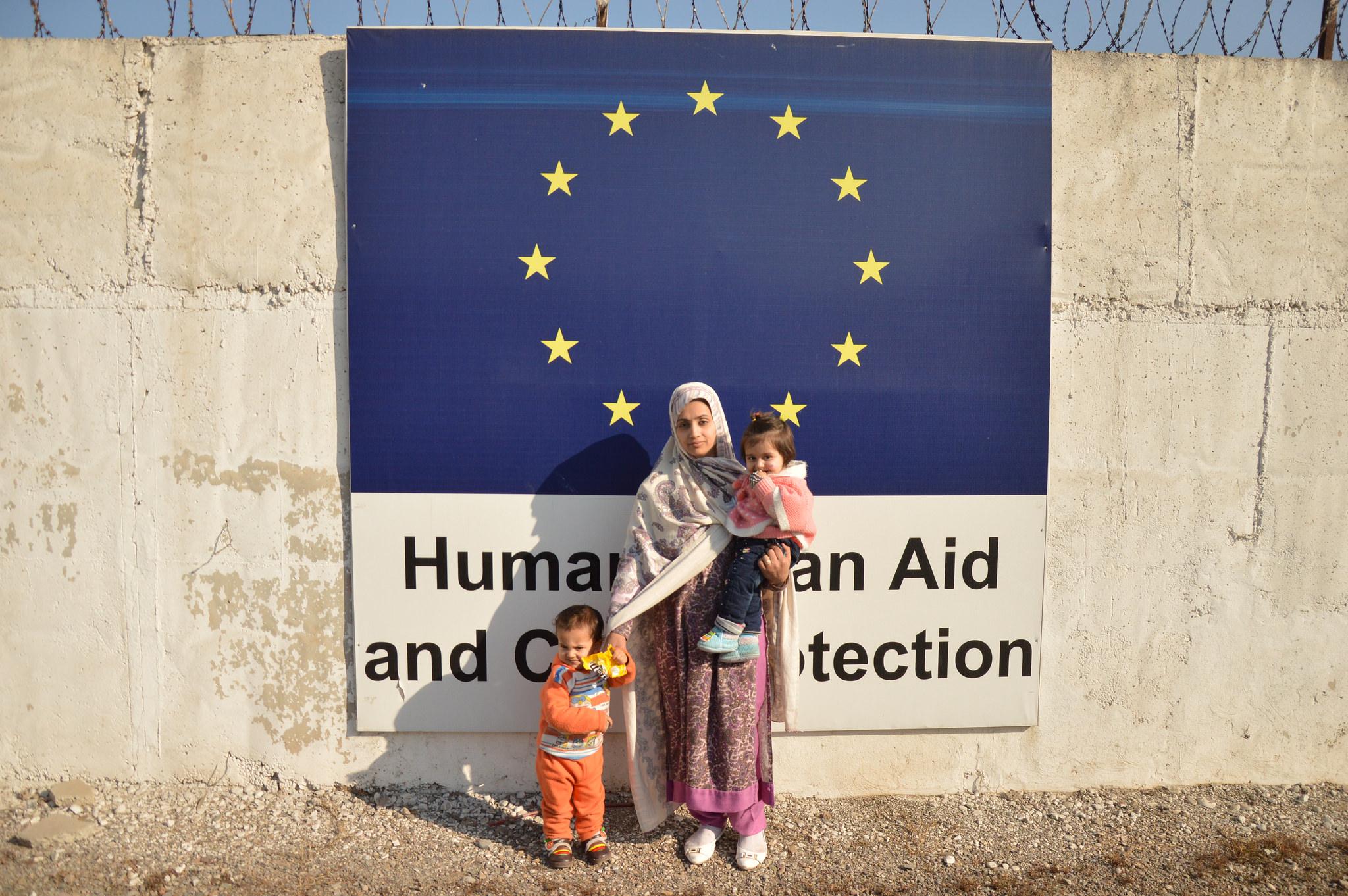 Photo: European Commission DG ECHO (CC BY-NC-ND 2.0) - https://www.flickr.com/photos/eu_echo/27504828341/in/photolist-HUvrdi-uGfTBL-uYmQVY-VSG26t-UAcJbf-VPcQFL-zJm964-DcgL9b-DcgdXU-DcfAFA-VPcVGC-VBZy6s-uA8nMU-xWbFUN-Dey7nx-UD7N1F-UD7U42-QvXDcm-VPd3e5-ks8kEV-pQGKjn-jmPfi7-a3BRvB-9oYnFC-9wsGJJ-a4MdEU-h7u2oC-pbokzX-jmLUZE-a3Twhh-aZNHGT-mXrJ4n-a4aS59-a47Ysi-a47Ze2-a4aT1U-eYz8CR-dzyGrp-jmJTqT-a482Jn-a4aStY-a4aJH7-a4aNs3-a47ZPR-a47XaT-a4aKu1-pdTC6R-a47V6F-ekyobL-eYLvZq
