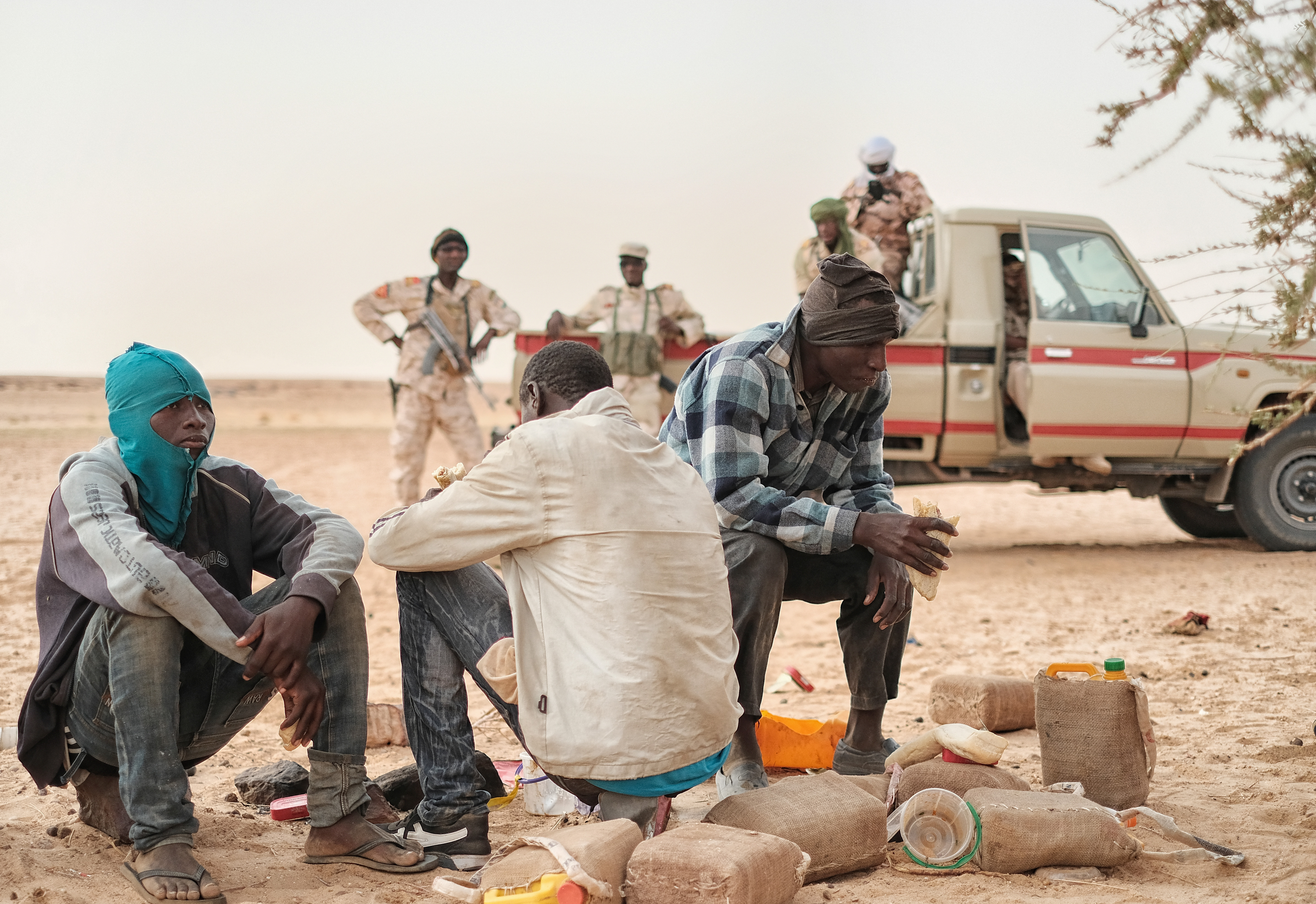 Migrants abandoned in the Sahara are found by a military patrol on the route to Libya (Image: Giacomo Zandonini)