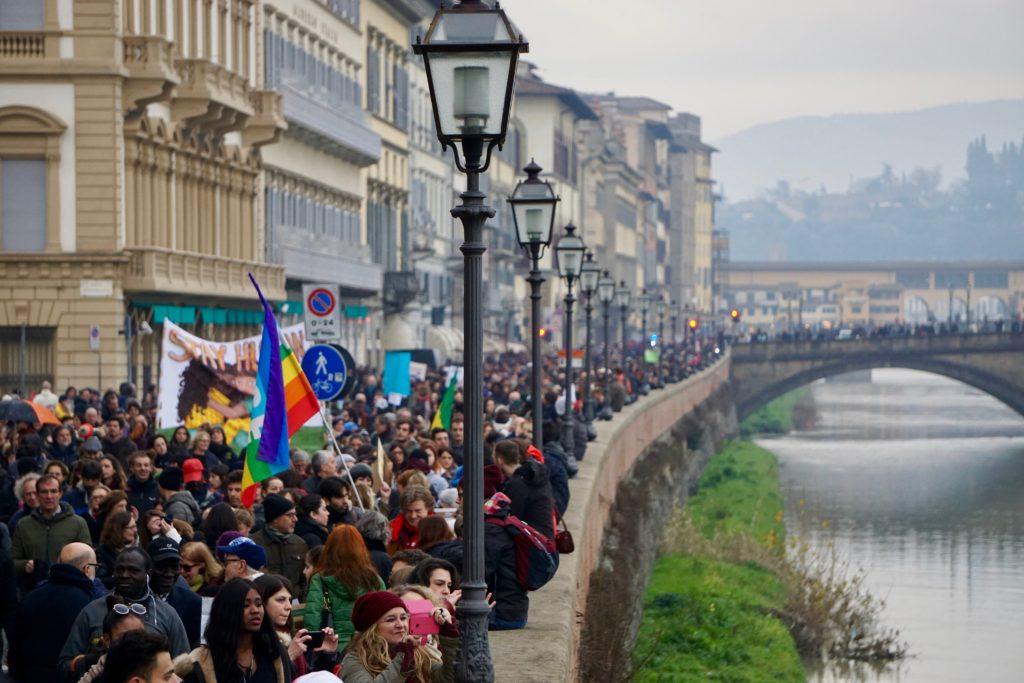 Manifestazione a Firenze del 10 marzo 2018, qualche giorno dopo l'uccisione di Idy Diene sul ponte Amerigo Vespucci (foto courtesy Soufiane Malouni)