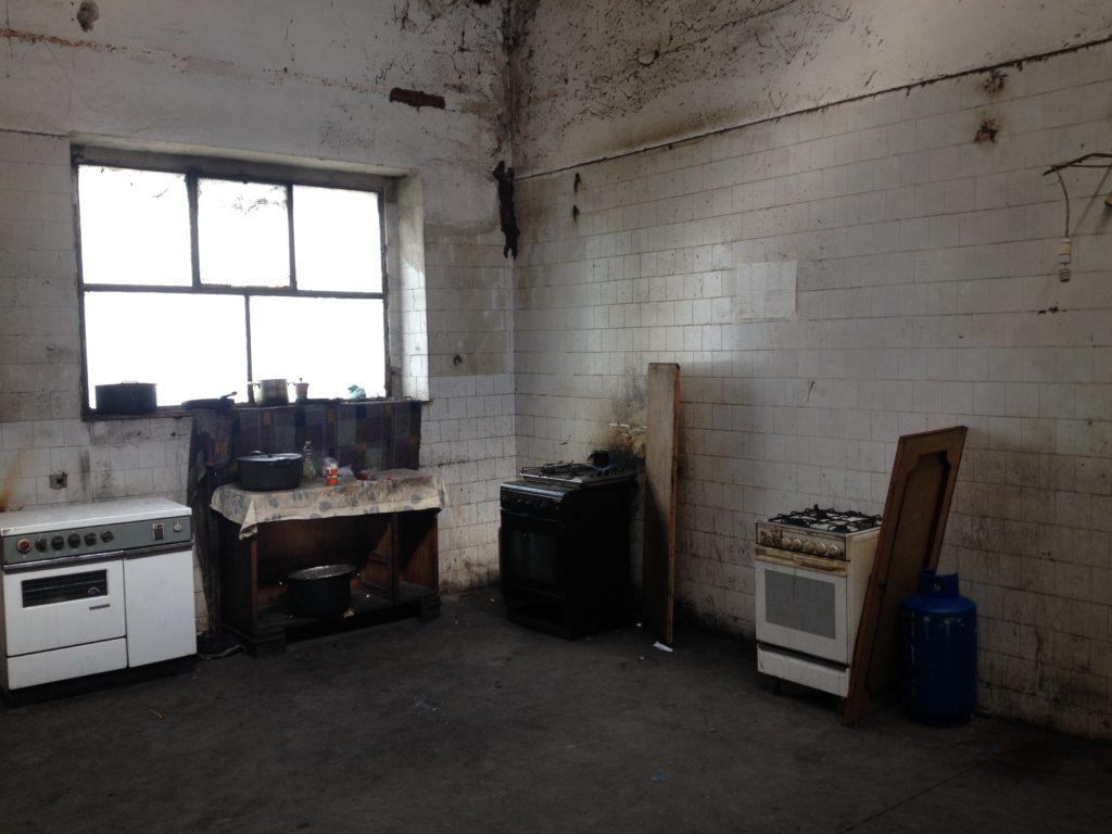 L'angolo della Fabbrica dove si cucina (foto: Leone Palmeri)