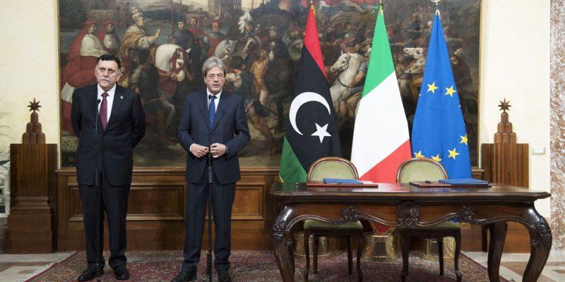 FOTO: Gentiloni incontra il Primo Ministro libico  - via Palazzo Chigi (CC BY-NC-SA 2.0).