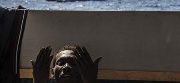 Perché meno gommoni dalla Libia, mentre in mare si muore di più