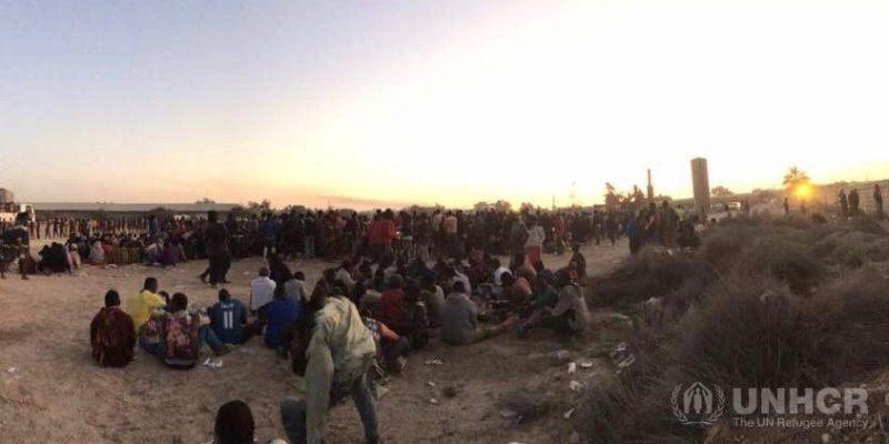 Sequestrati dalla battaglia di Sabrata: due giovani marocchini lo raccontano in chat