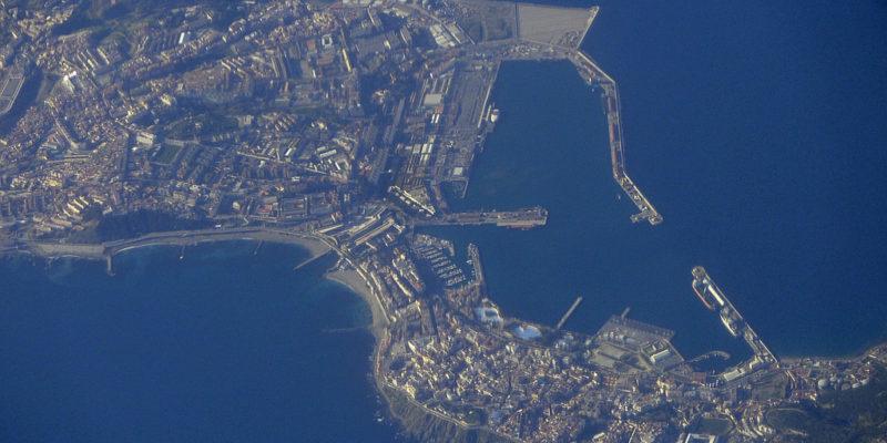 Ceuta vista dall'alto (foto: Fotero, su licenza CC BY-NC 2.0)