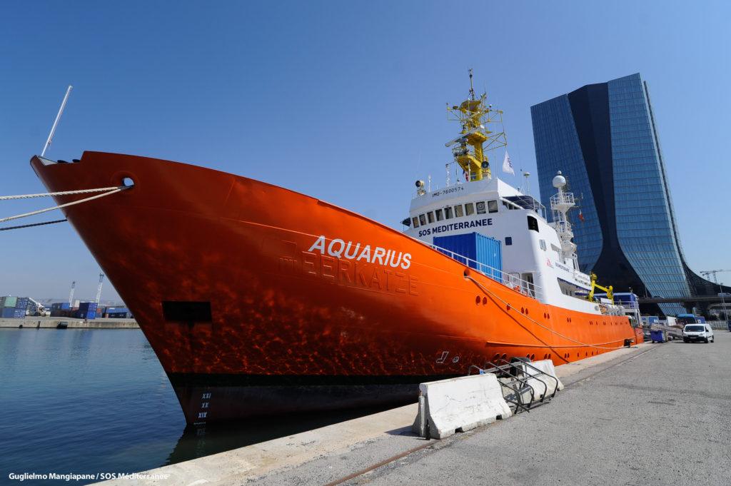 Aquarius ormeggiata (foto: SOS Méditerranée)
