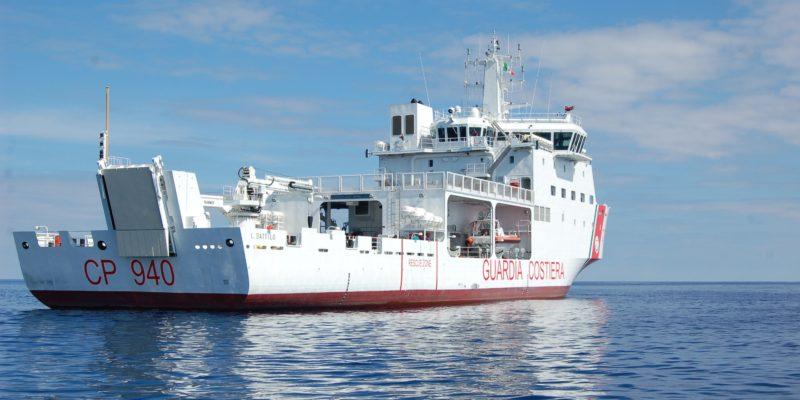 Scortare Aquarius in Spagna è costato almeno 290 mila euro