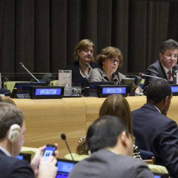 Louise Arbour, Special Representative for the Secretary-General on Migration (centre) and Miroslav Lajčák, President of the General Assembly (centre right) address the fourth informal interactive multi-stakeholder hearing of the Intergovernmental Conference and its preparatory process to adopt a global compact for migration (foto: UN/Manuel Elias)
