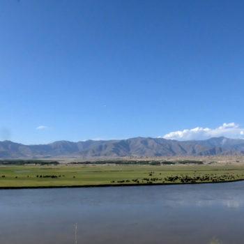Un panorama lungo la strada che collega Kabul a Jalalabad