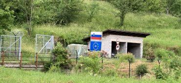 Il gioco al confine tra Croazia e Slovenia dove non vince nessuno