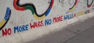 Il Muro di Berlino è stato abbattuto 30 anni fa. Era questa l'Europa che immaginavamo?