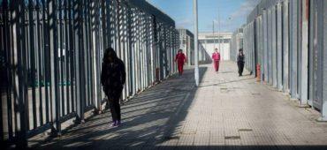 """Il nuovo rapporto """"Buchi Neri"""" smaschera le violazioni dei diritti nei Cpr italiani"""